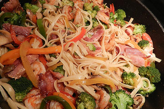 Stir Fried Noodles with Prawn
